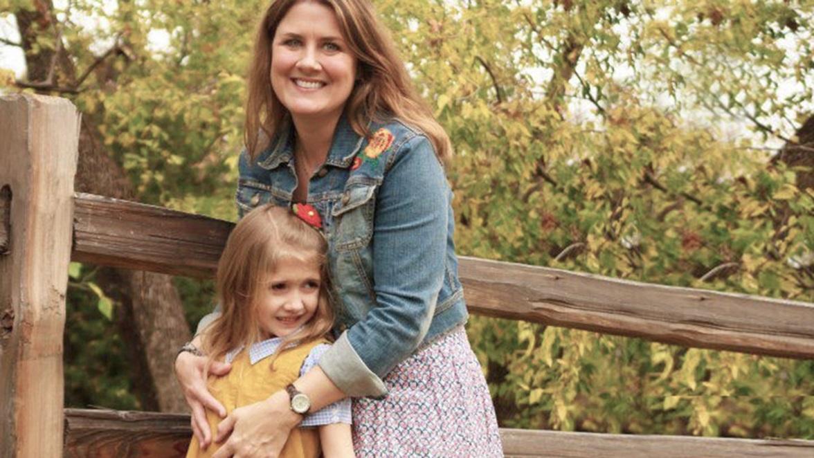 Lyn-Pollard-and-Daughter
